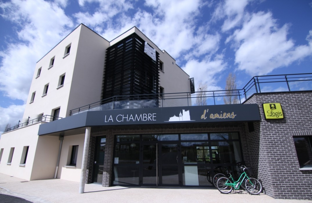 Amiens Hotels With Parking