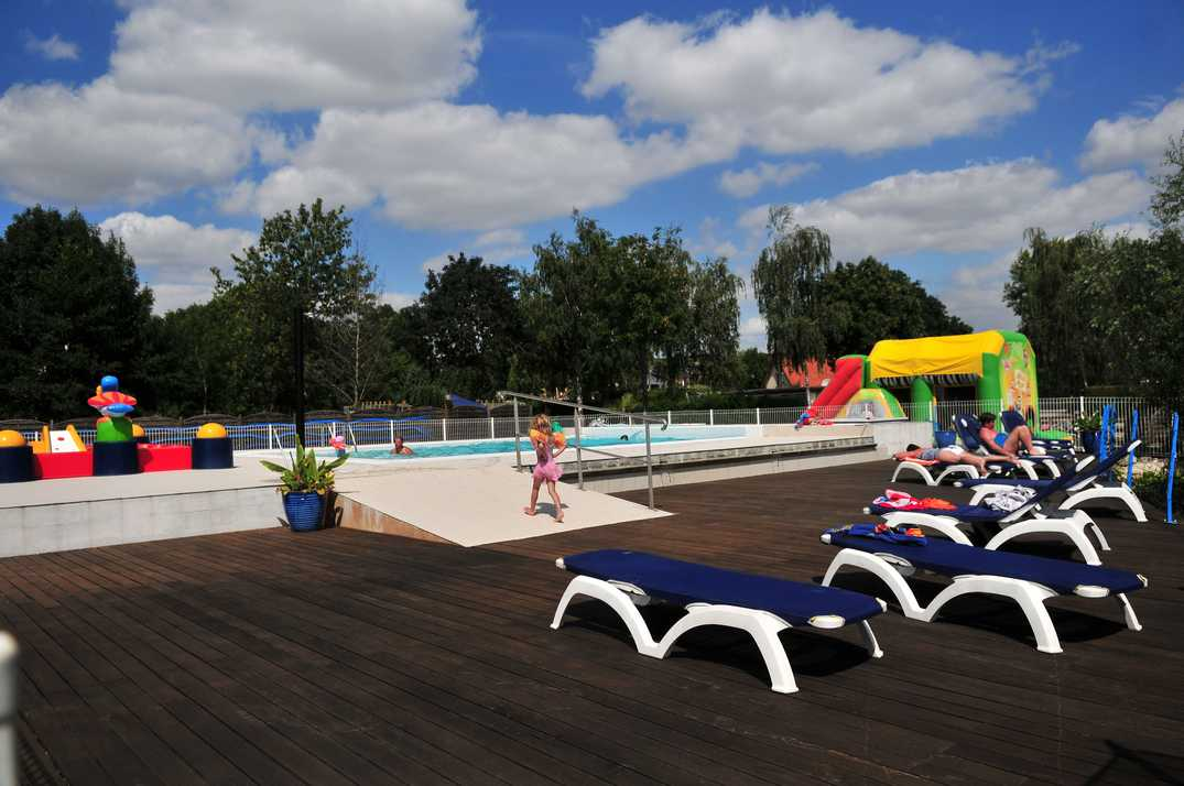 Camping les puits tournants for Camping picardie piscine