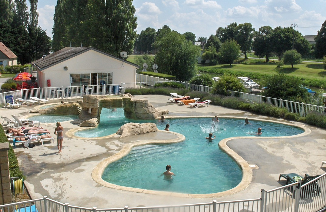 Port de plaisance de p ronne trips and entertainment for Camping picardie avec piscine couverte