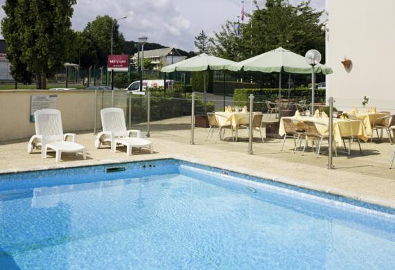 Beauvais_mercure_piscine1