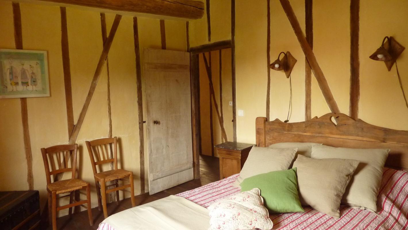 La grange meubl s et g tes montigny l 39 allier for La grange du meuble