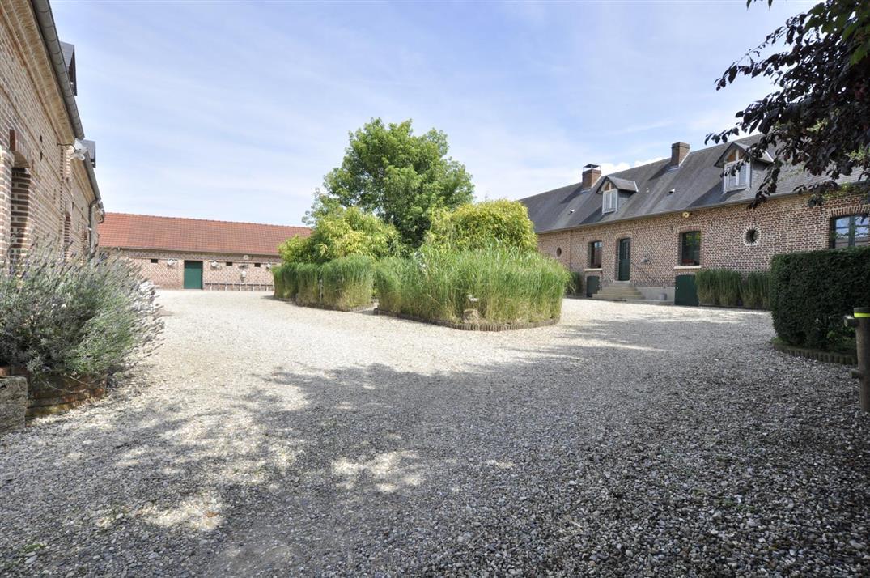 SAIGNEVILLE Le village