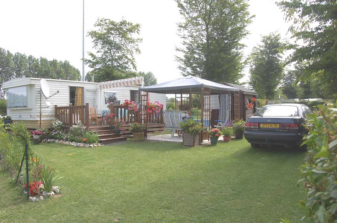 Camping Les Aillots_maisons fleuries_St Blimont_Somme_Picardie