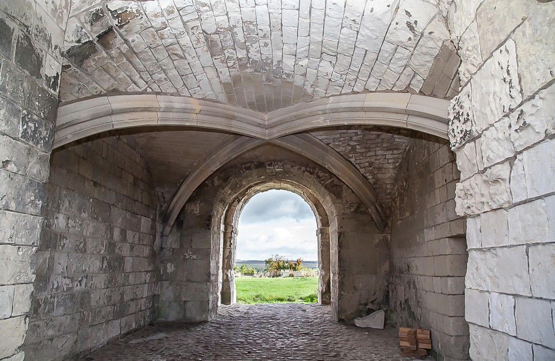 Picquigny-chateau - © Somme Tourisme - B Cousin