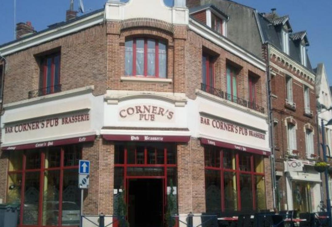 RESPIC080FS001KQ_Cornerspub_Albert_Somme_Picardie@Paysducoquelicot