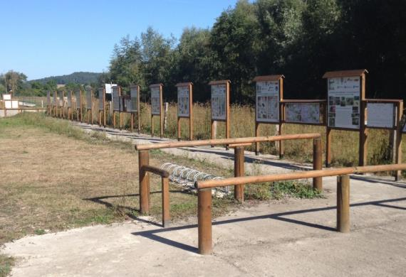 Sentier Pedagogique - ponton de peche Verberie